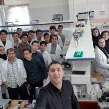 شرکت کنندگان کارگاه کار با باکتری قطب شاهرود در دومین کارسوق مهندسی ژنتیک