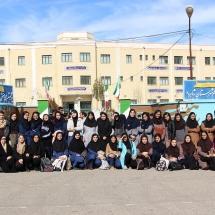 عکس دسته جمعی شرکت کنندگان دختر دومین کارسوق مهندسی ژنتیک قطب شاهرود